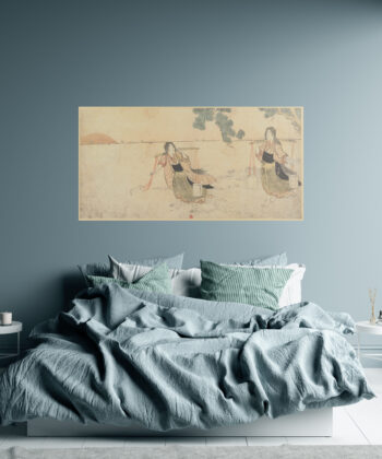 This poetic Japanese print representing water carriers, is displayed in large format at the head of the bed, and joins the refined decoration of a contemporary bedroom.
